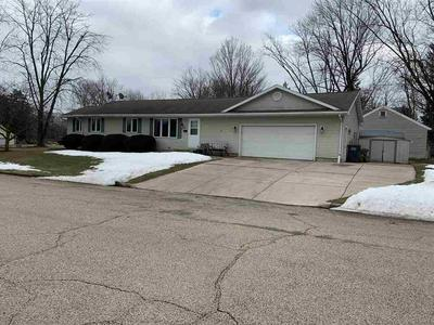 101 SUNSET DR, Lodi, WI 53555 - Photo 1