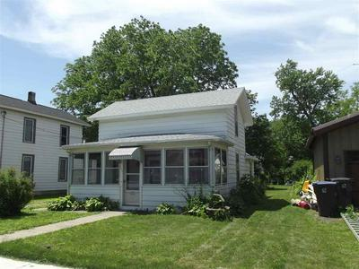 113 S 2ND ST, Evansville, WI 53536 - Photo 2