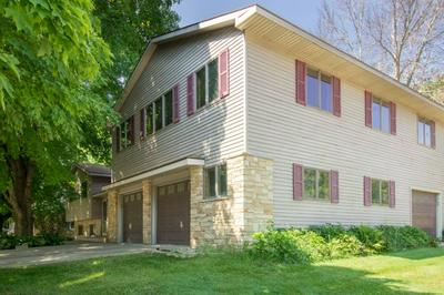 205 S TAFT AVE, Jefferson, WI 53549 - Photo 2