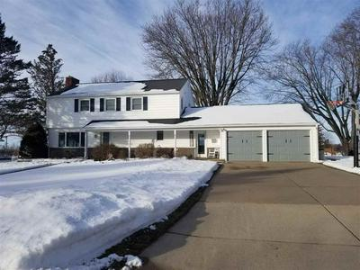 1033 S ADAMS ST, LANCASTER, WI 53813 - Photo 1
