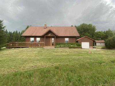 W6545 GROGAN RD, Fort Atkinson, WI 53538 - Photo 2