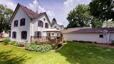 422 CONVERSE ST, Fort Atkinson, WI 53538 - Photo 2