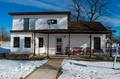 606 BLUFF ST, NECEDAH, WI 54646 - Photo 2