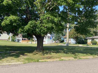 72 N UNION ST, Mauston, WI 53948 - Photo 2
