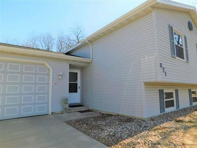 821 DOROTHY DR, PORTAGE, WI 53901 - Photo 2