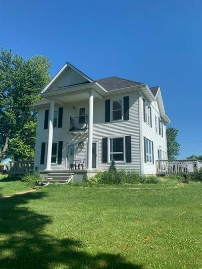 4524 PAULSON RD, Blanchardville, WI 53516 - Photo 1