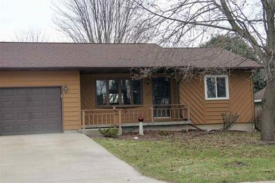 501/505 SANTA MARIA DR, Arlington, WI 53911 - Photo 2
