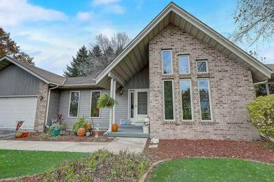580 CONNOR CT, Lake Mills, WI 53551 - Photo 2
