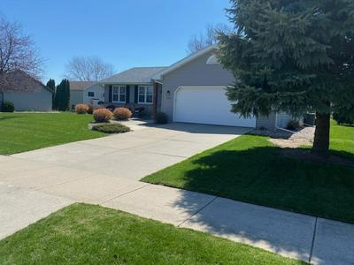 1192 S PERRY PKWY, Oregon, WI 53575 - Photo 2