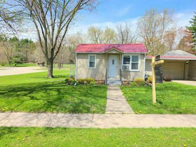 305 MINERAL ST, Albany, WI 53502 - Photo 1