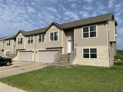 112 COMMUNITY DR # 114, Fall River, WI 53932 - Photo 1