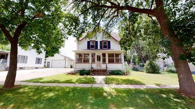 422 CONVERSE ST, Fort Atkinson, WI 53538 - Photo 1