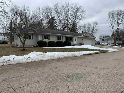 101 SUNSET DR, Lodi, WI 53555 - Photo 2