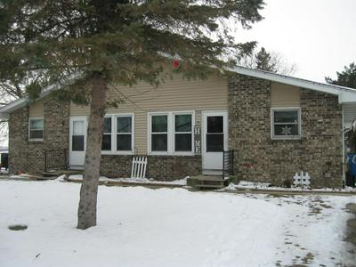920 S 12TH ST, Watertown, WI 53094 - Photo 1