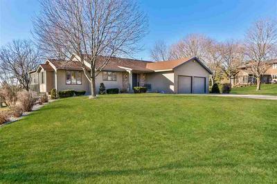 836 RIDGEVIEW CT, Portage, WI 53901 - Photo 2