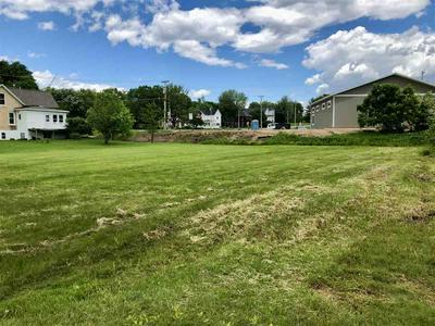 135 WISCONSIN ST, Merrimac, WI 53561 - Photo 2
