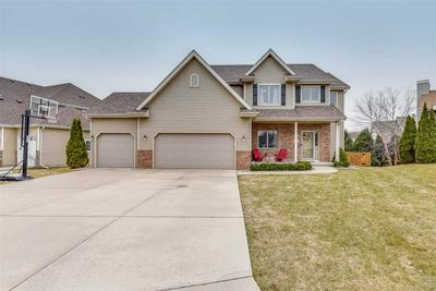 22 FAWN RIDGE CIR, MIDDLETON, WI 53562 - Photo 2
