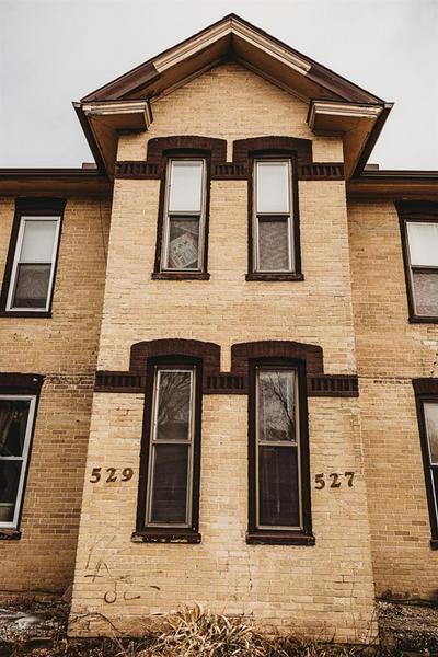 527 W CONANT ST # 529, Portage, WI 53901 - Photo 2