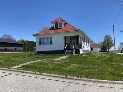 230 S GROVE ST, Livingston, WI 53554 - Photo 1