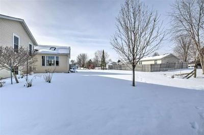 621 BENTWOOD DR, MARSHALL, WI 53559 - Photo 2