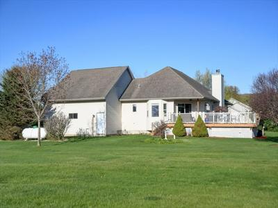 894 MCMILLAN RD, Poynette, WI 53955 - Photo 2