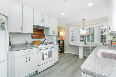 402 W LAKEVIEW AVE, Madison, WI 53716 - Photo 2