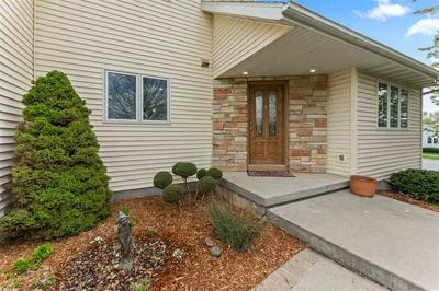 901 N DIVISION ST, Waunakee, WI 53597 - Photo 2