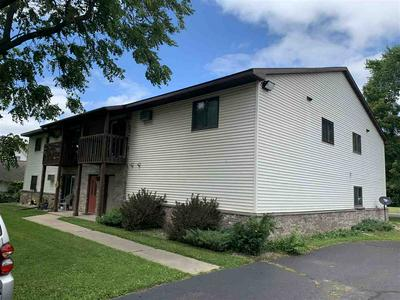 521 LINCOLN ST, Mauston, WI 53948 - Photo 2