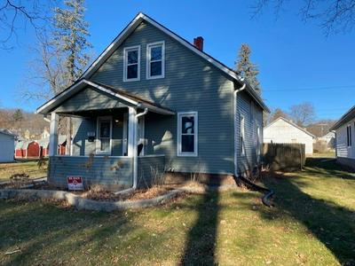 315 10TH ST, Baraboo, WI 53913 - Photo 1
