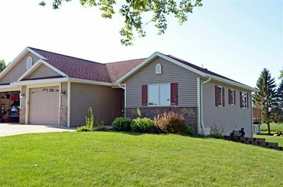 W3159 FAIRVIEW DR, Helenville, WI 53137 - Photo 1