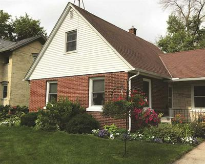 208 S 8TH ST, Watertown, WI 53094 - Photo 1