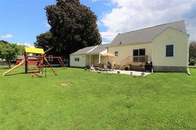 1106 N 4TH ST, Watertown, WI 53098 - Photo 2