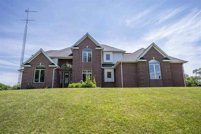 274 GLEN CT, New Haven, WI 53965 - Photo 2