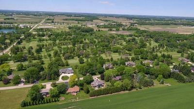 1409 COUNTRY CLUB LN, Watertown, WI 53098 - Photo 2