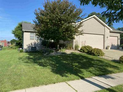 425 KLEINE ST, Deerfield, WI 53531 - Photo 2