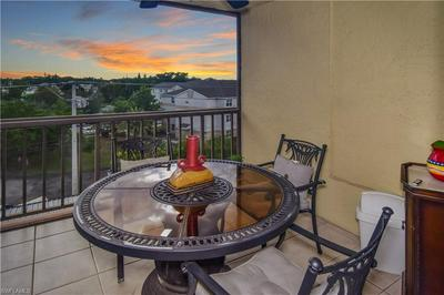 2121 COLLIER AVE APT 505, Fort Myers, FL 33901 - Photo 2
