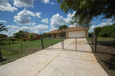 15461 CEMETERY RD, Fort Myers, FL 33905 - Photo 2