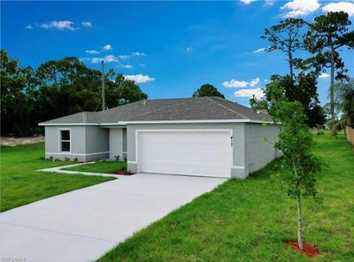 849 LAMAR ST E, LEHIGH ACRES, FL 33974 - Photo 2