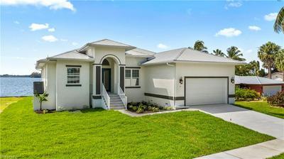 4 LIVE OAK LN, Fort Myers, FL 33905 - Photo 2
