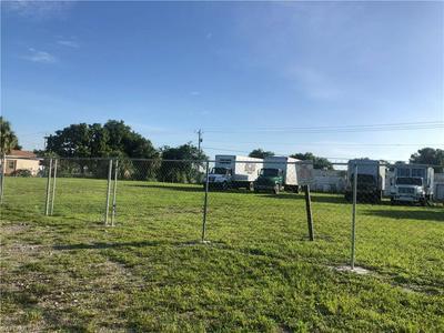312 JEFFERSON W AVENUE, Immokalee, FL 34142 - Photo 2