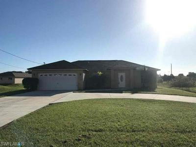 117 BLACKSTONE DR, FORT MYERS, FL 33913 - Photo 1