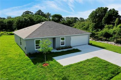4203 15TH ST SW, LEHIGH ACRES, FL 33976 - Photo 2