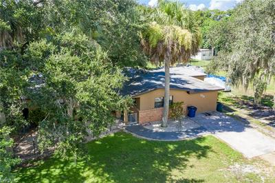 328 BYRON AVE, North Fort Myers, FL 33917 - Photo 2