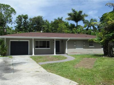 2552 COLUMBUS ST, Fort Myers, FL 33901 - Photo 2