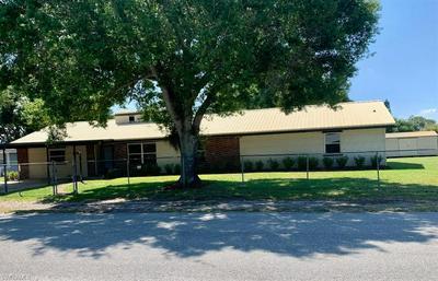 106 E SUGARLAND CIR, CLEWISTON, FL 33440 - Photo 2