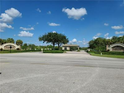 22728 YELLOW BUTTON LN, ALVA, FL 33920 - Photo 2