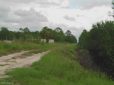 775 S QUEBRADA ST, Clewiston, FL 33440 - Photo 2
