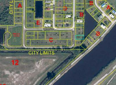 938 MEYERCHICK DR, MOORE HAVEN, FL 33471 - Photo 2