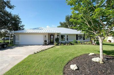13219 MARQUETTE BLVD, FORT MYERS, FL 33905 - Photo 1