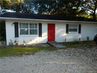 135 DIANA AVE, FORT MYERS, FL 33905 - Photo 2